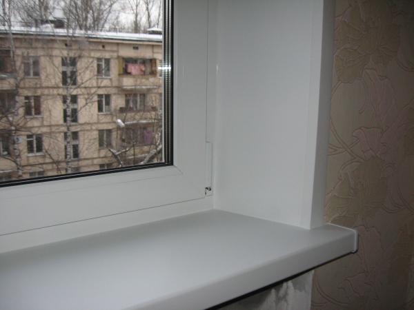 Откосы на окна, их качество и качество установки влияет на очень многие параметры - способность Вашего окна сберегать тепло, защитить ваш дом от влаги и шума и, конечно, внешний вид Вашего нового окна.