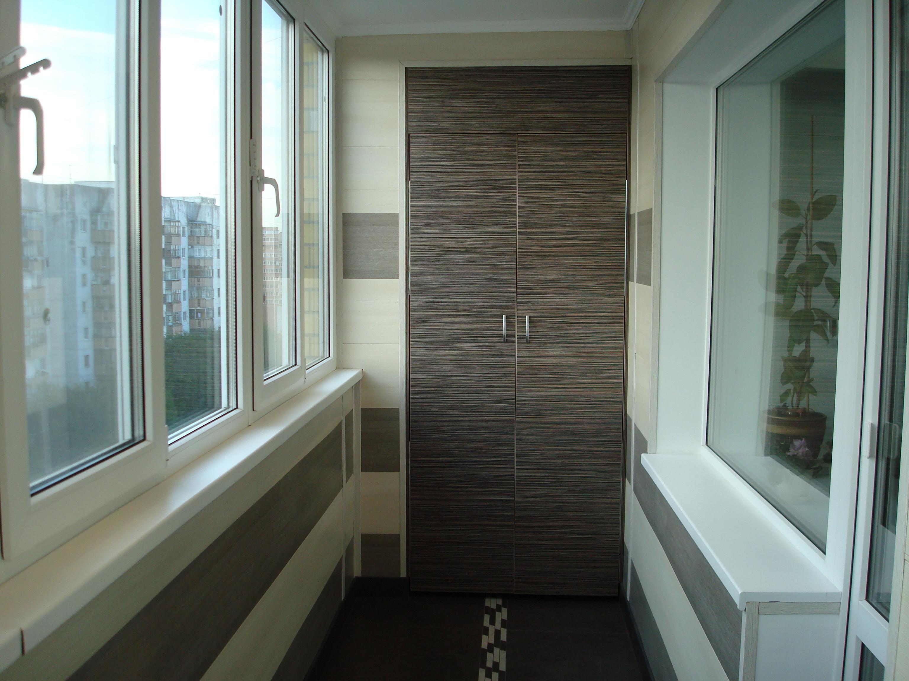 Отделка балкона панелями мдф.